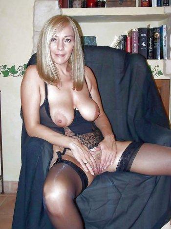 Hausfrau sucht reale Sexkontakte